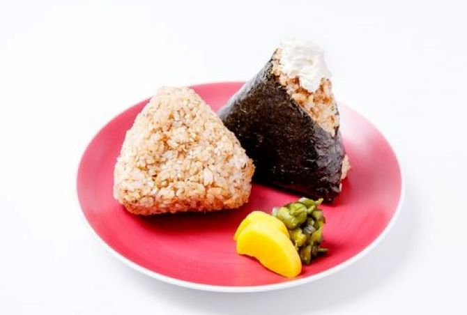 第2章シュガコンおススメメニュー玄米おにぎりイメージ画像